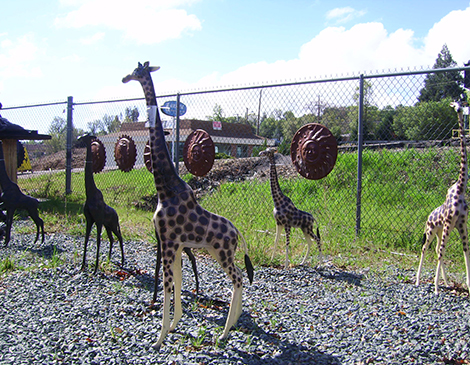 African Animal Statues